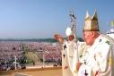 II. János Pál - A fehér ruhás vándor