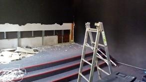 Folyik a felújítás